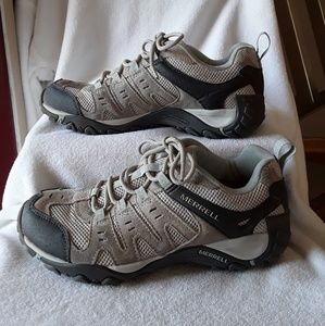 Merrell Accentor low hiking shoes😀😀😀